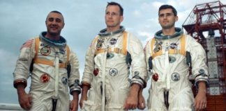 NASA unveils spaceship hatch 50 years after fatal Apollo 1 fire