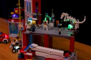 3D printed light-up Lego bricks